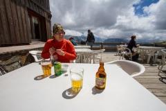 Pivo v Refuge Le Lac Blanc 1 894m