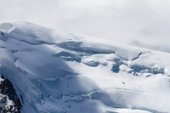 Horolezci na masivu Mont Blanc z Aiguille du Midi 3 842m