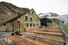 1.Cabane de Moiry 2825m