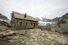2.Cabane de Moiry 2825m